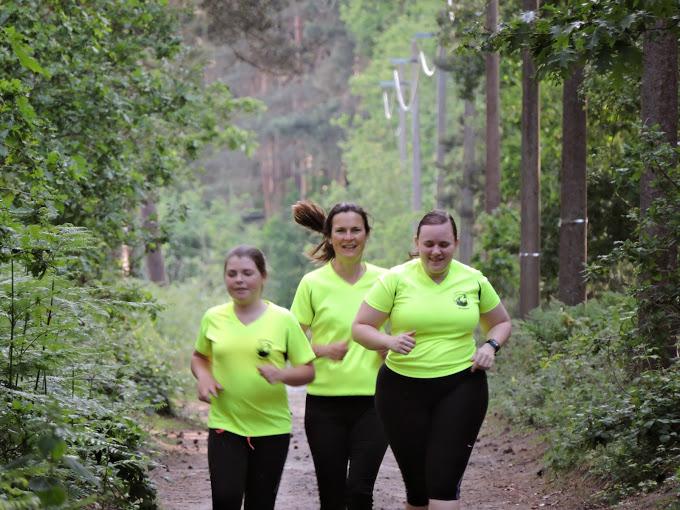 http://www.joggingclubmoerbeke.be/2014/s2r/jes02.jpg