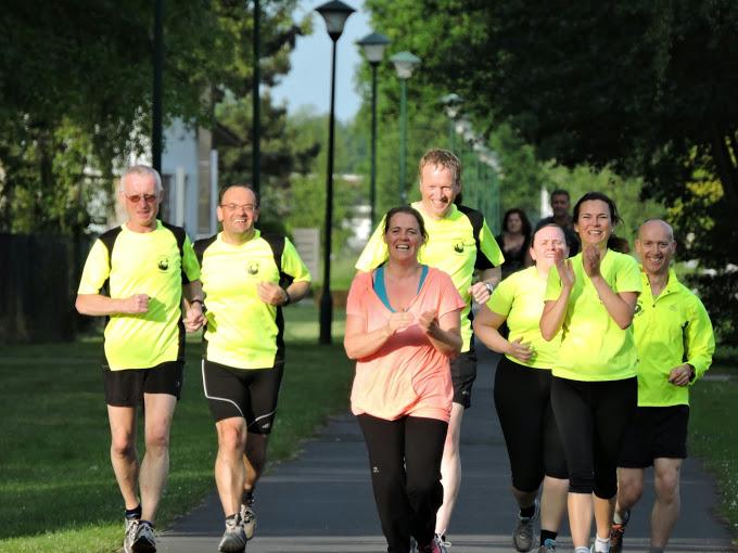 http://www.joggingclubmoerbeke.be/2014/s2r/jes03.jpg
